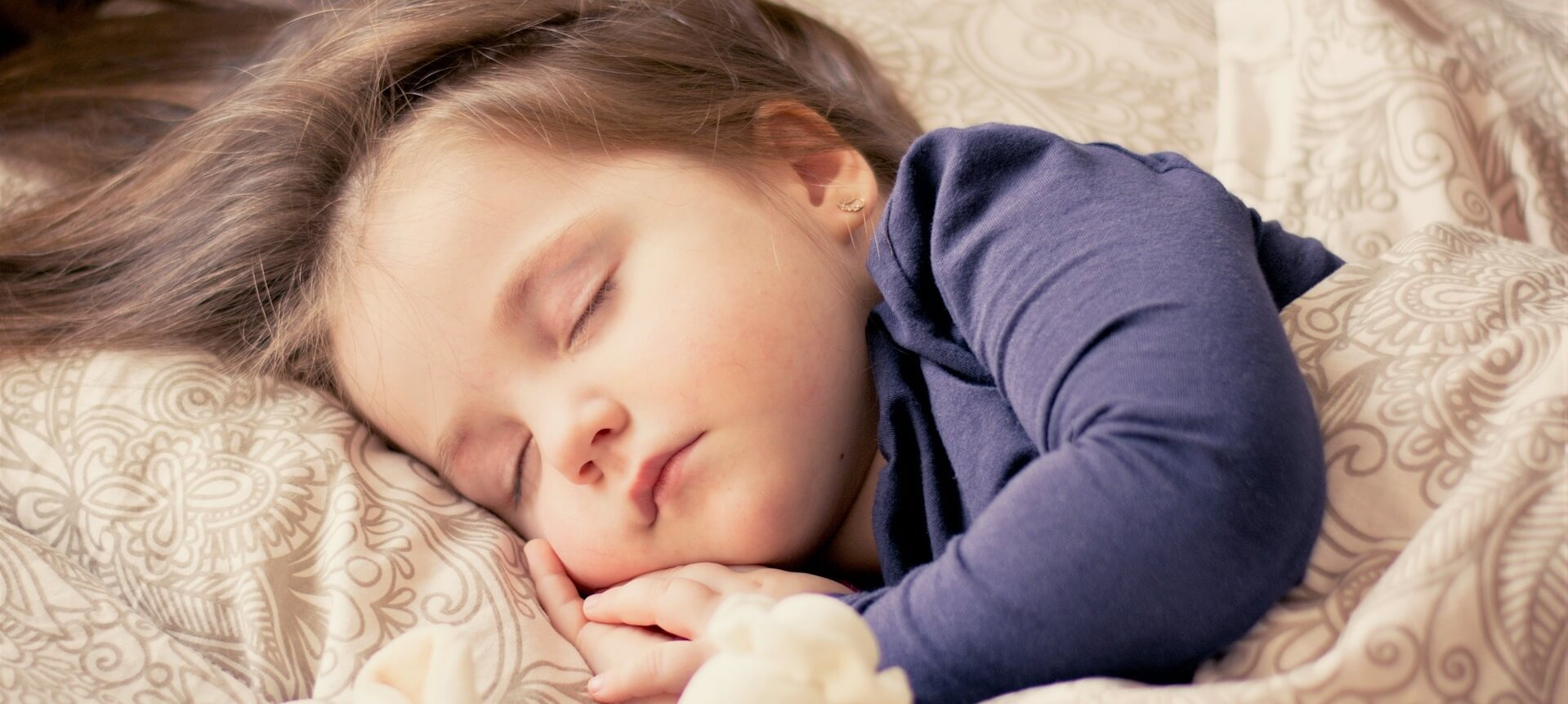 Schlafendes Kind Harmonie Hotelversicherung