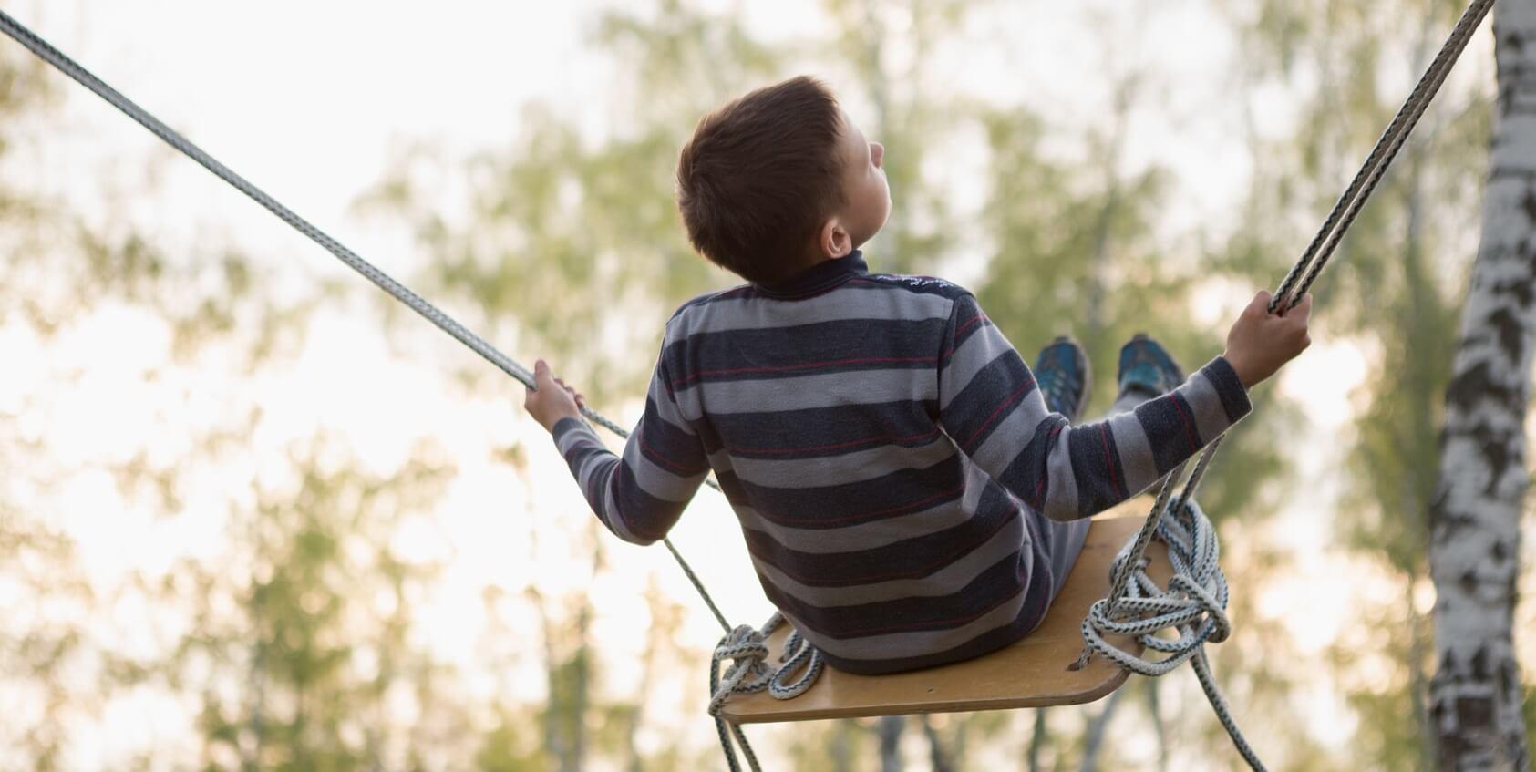Schaukel Kind Harmonie Hotelversicherung